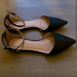 NEW! JC Black Pointed Toe Flats with Ankle Strap